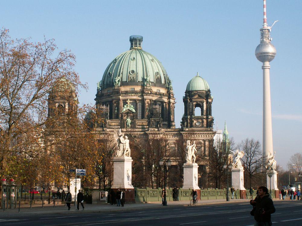 Berlins Domkirke fra Schlossbrücke