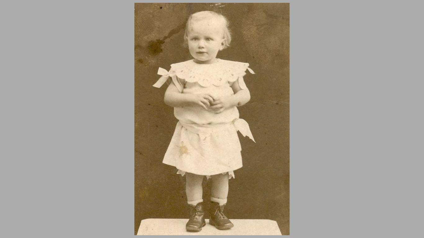 Esther som barn