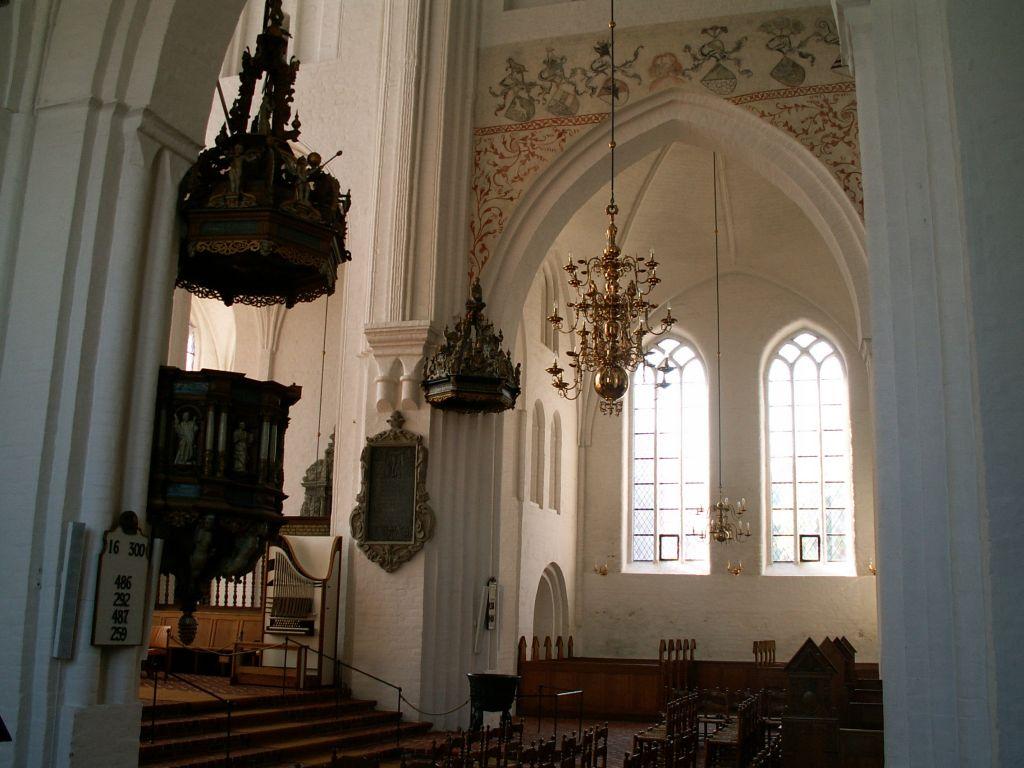 Domkirken interiør mod syd