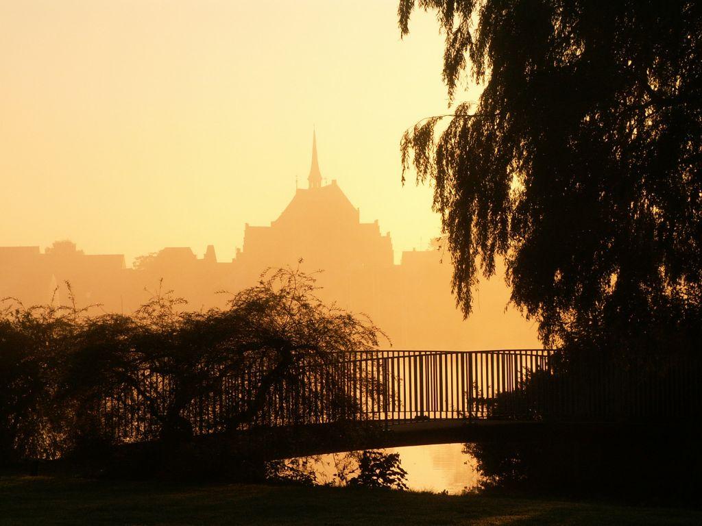Domkirken fra Damparken morgen