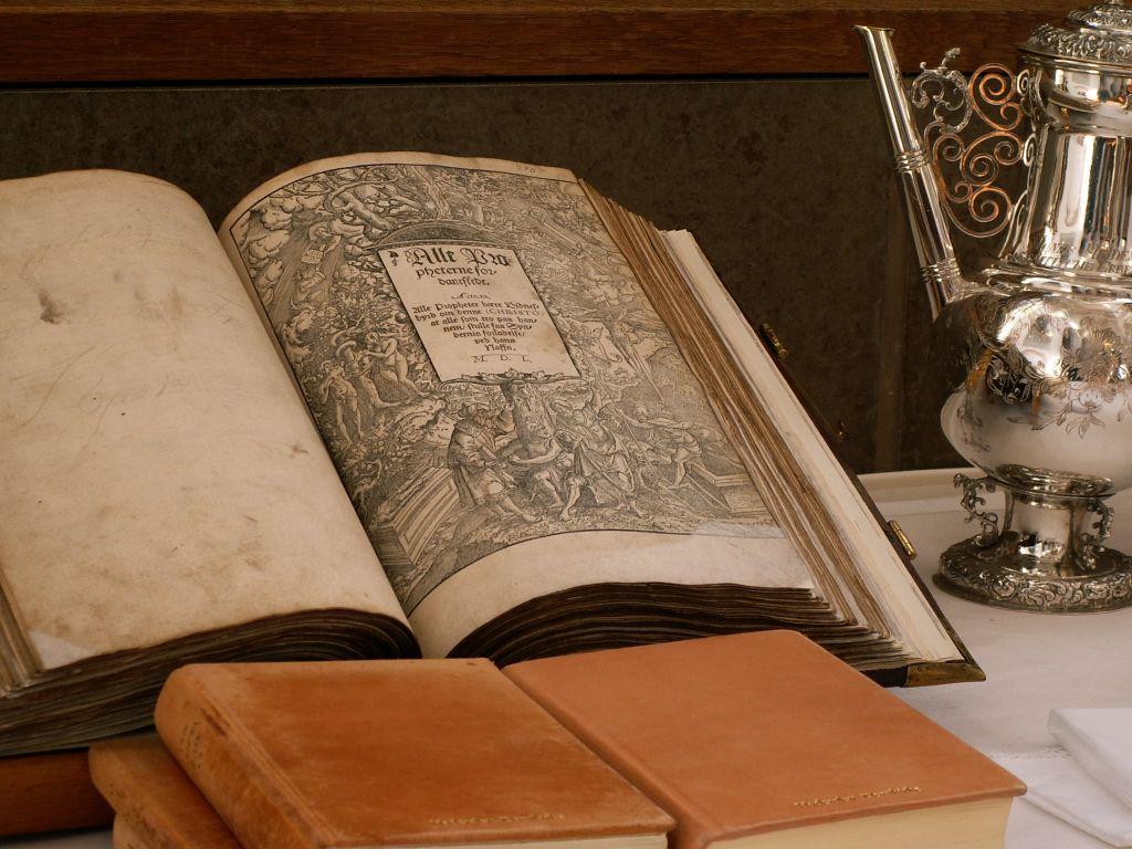 Haderslev Domkirke Chr III's Bibel 1550