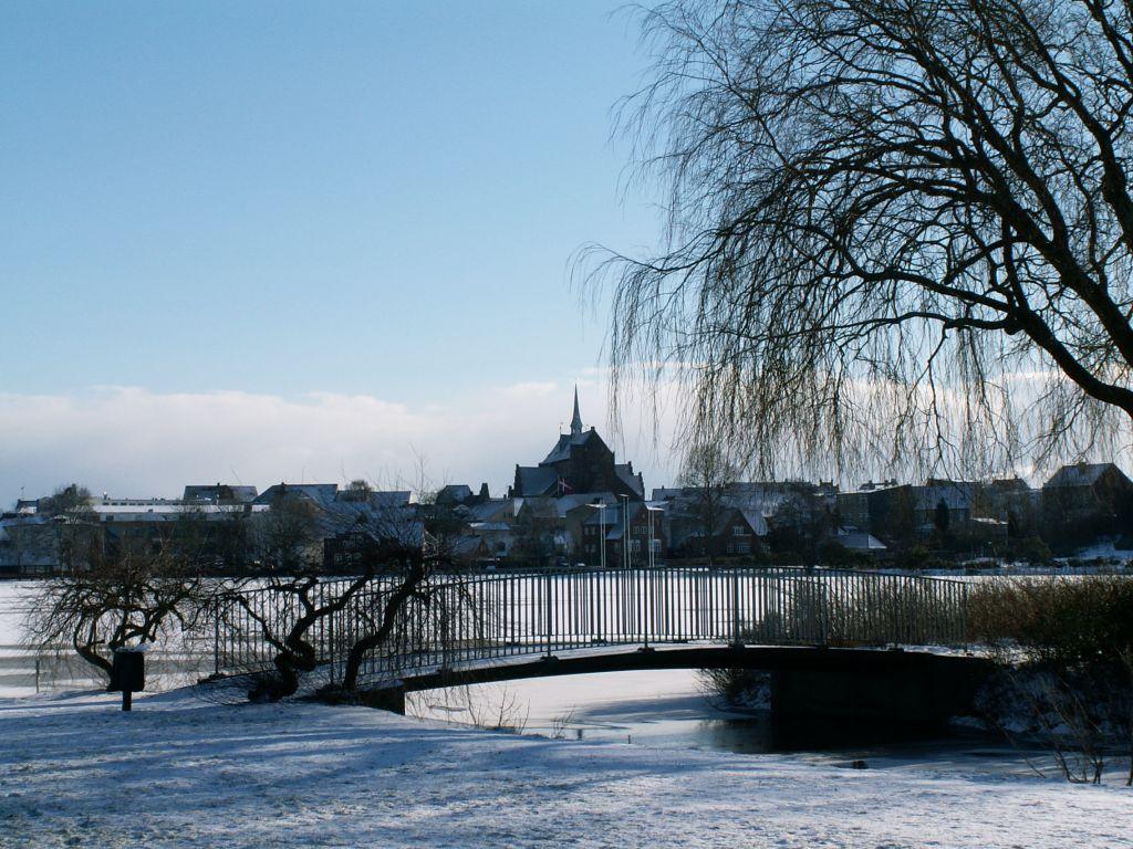 Domkirken fra Damparken vinter