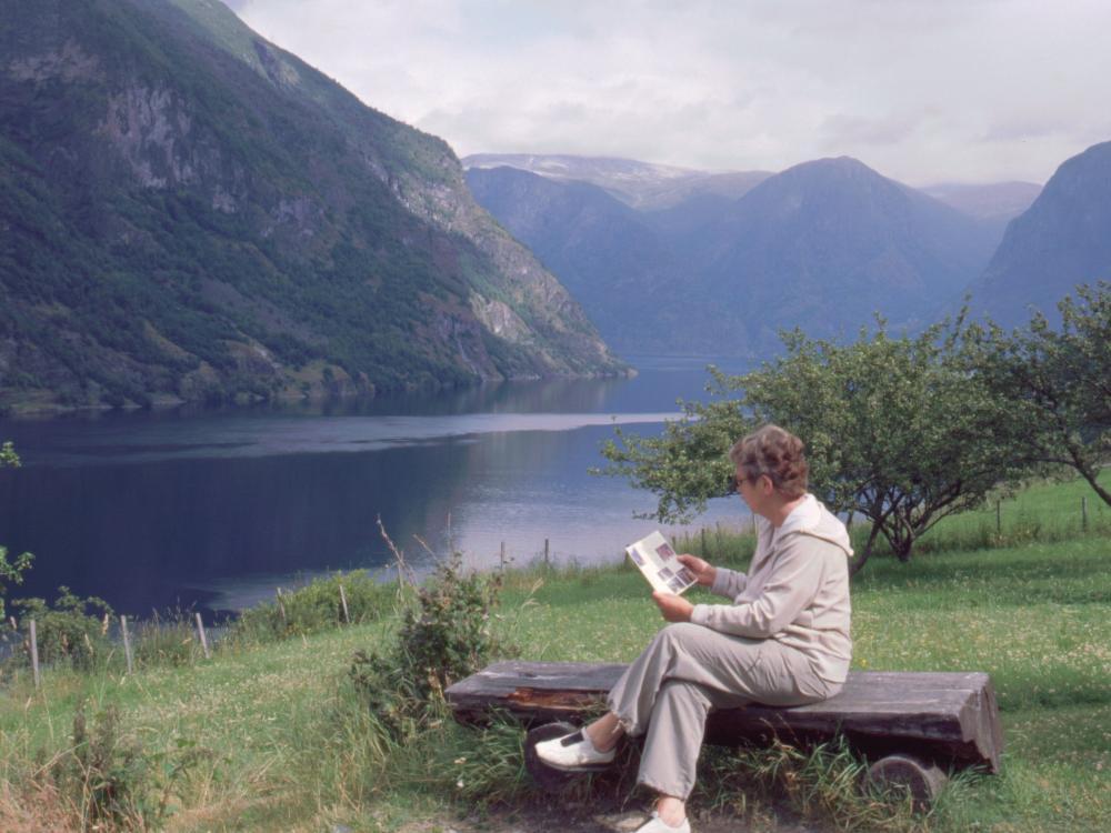 Aase ved Aurlandsfjorden