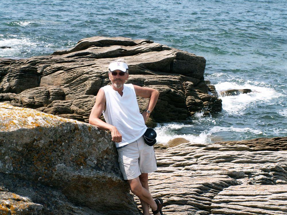 Thorkild ved kysten i Quiberon