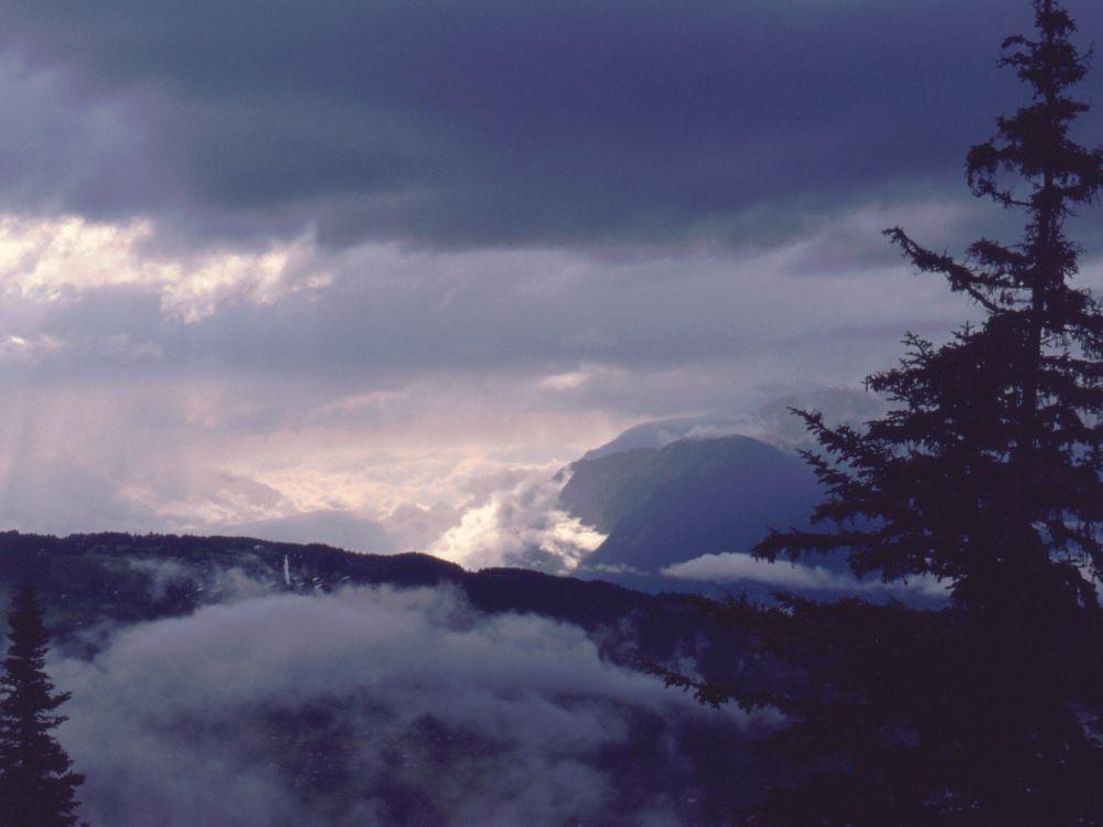 Alperne i uvejr