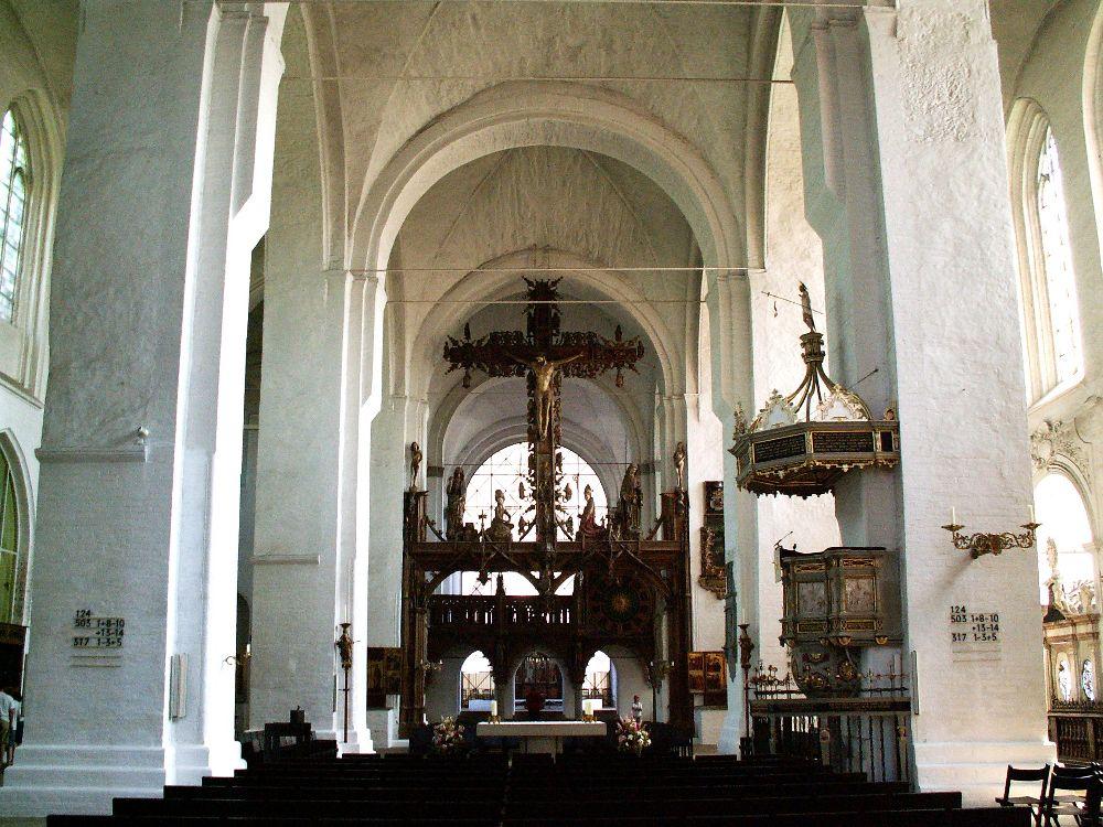 Domkirkens interiør