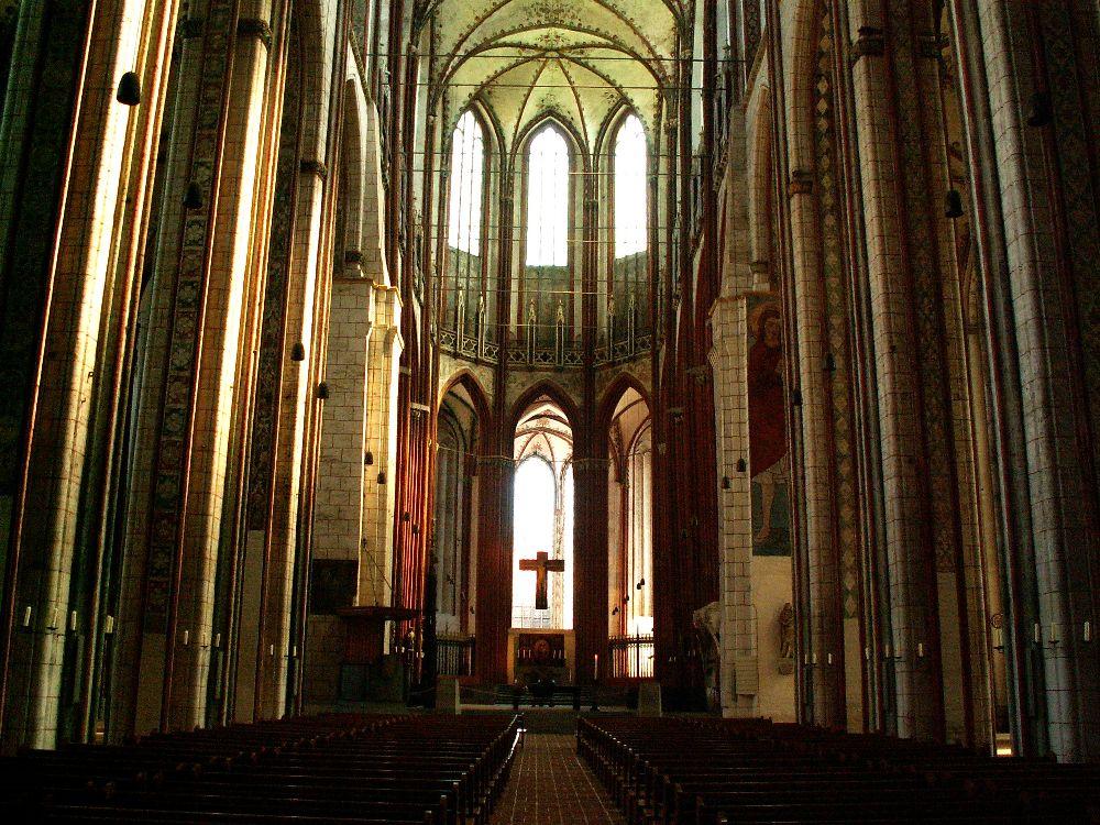 Mariakirken med de 39 meter høje hvælvinger