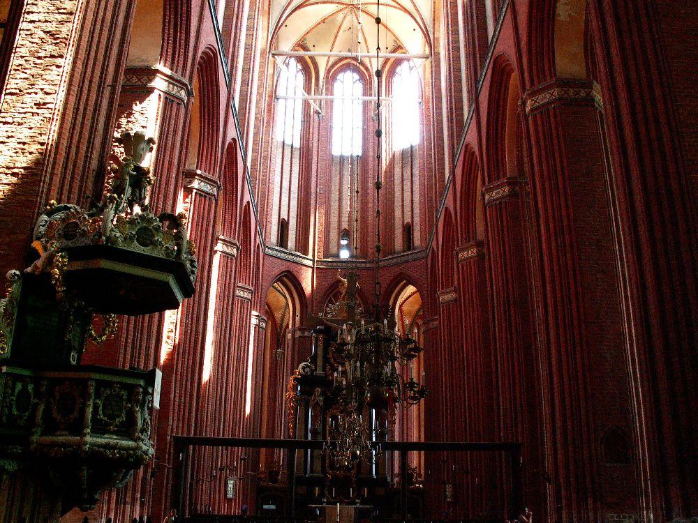 Wismar Nicolaikirken med 37 meter høje hvælvinger