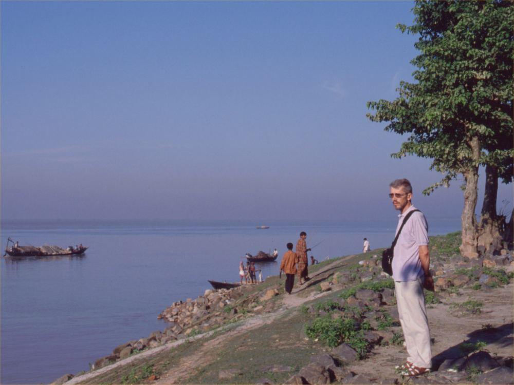 Thorkild ved Ganges en tidlig morgen