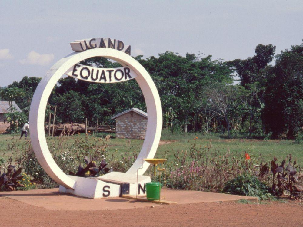 Vi krydser Ækvator i Uganda