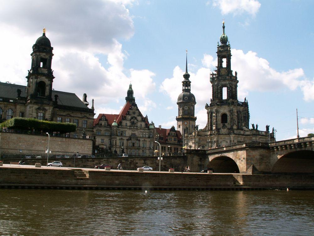 Dresden set fra sejltur på Elben