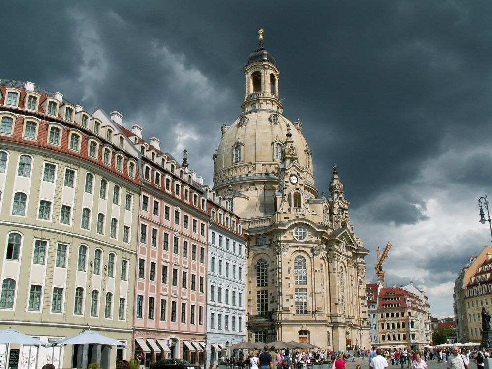 Frauenkirche i Dresden - nu genopført efter ødelæggelsen i 1945