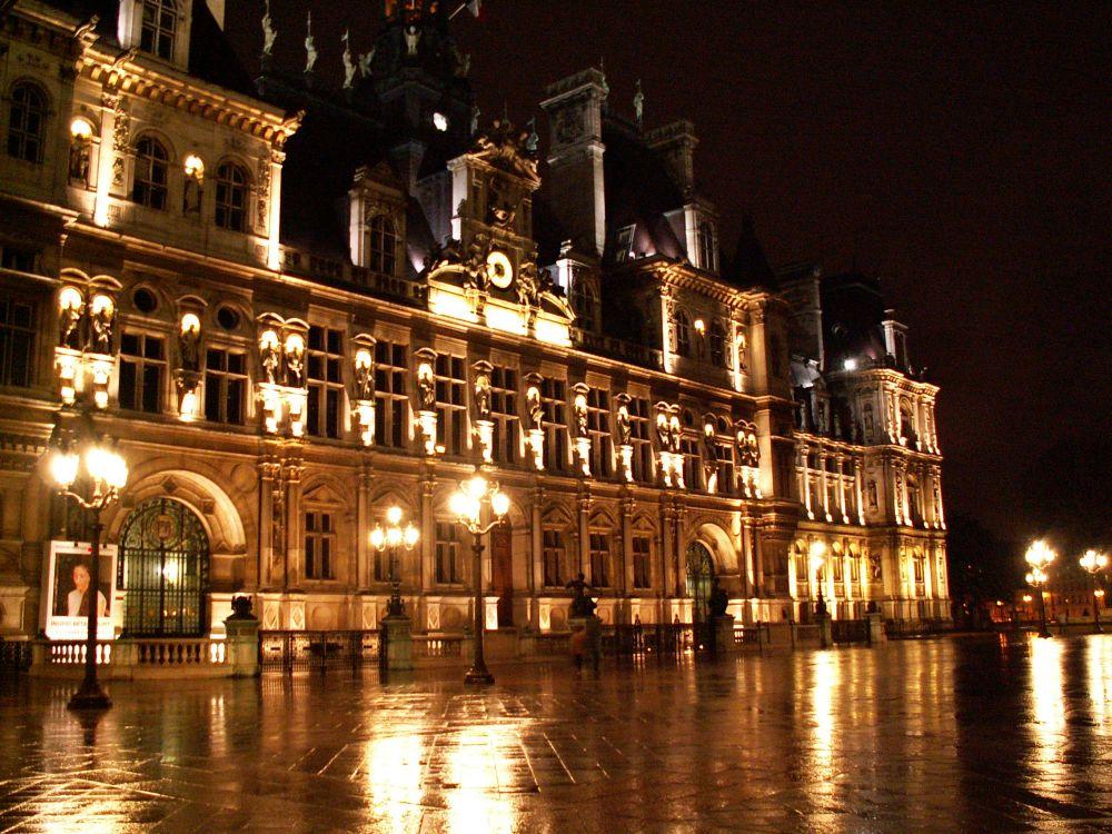 Hotel de Ville, Paris om aftenen