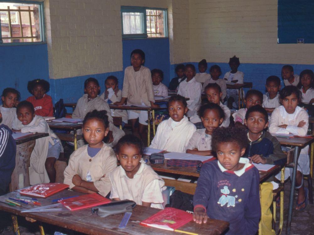 Børn fra slumkvarteret hjælpes i skole