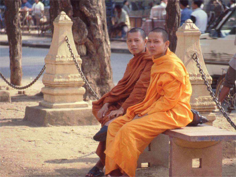 To buddhistiske munke-noviser