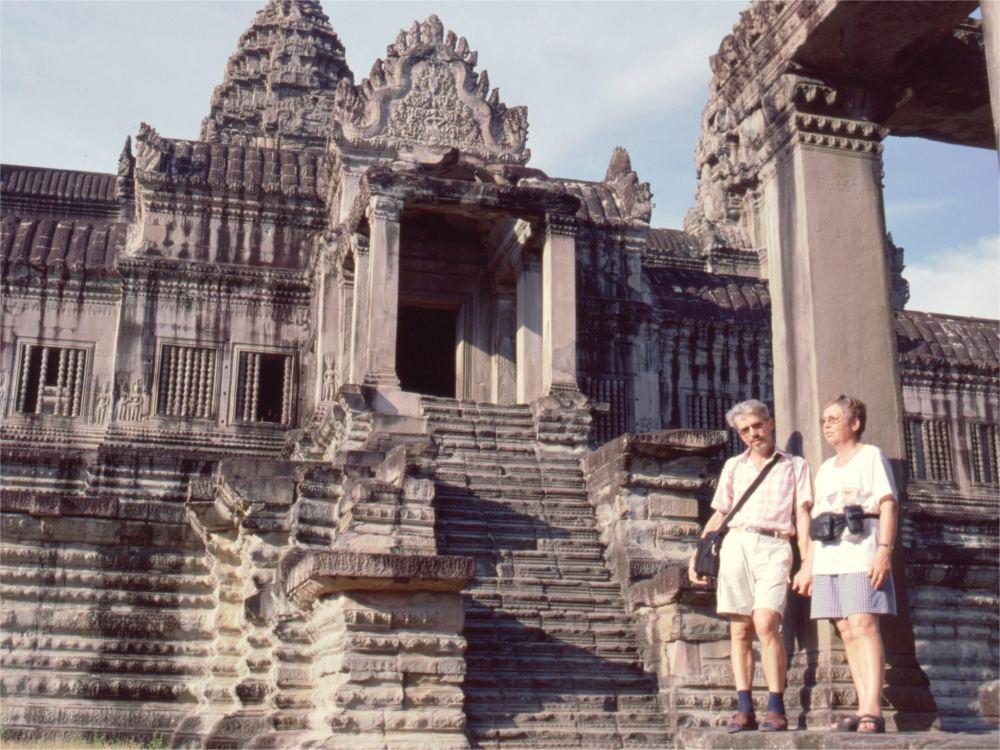 Aase og Thorkild i Angkor Wat