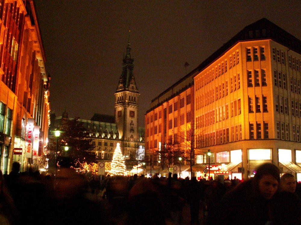 Jul på hovedgaden mod Rådhuset