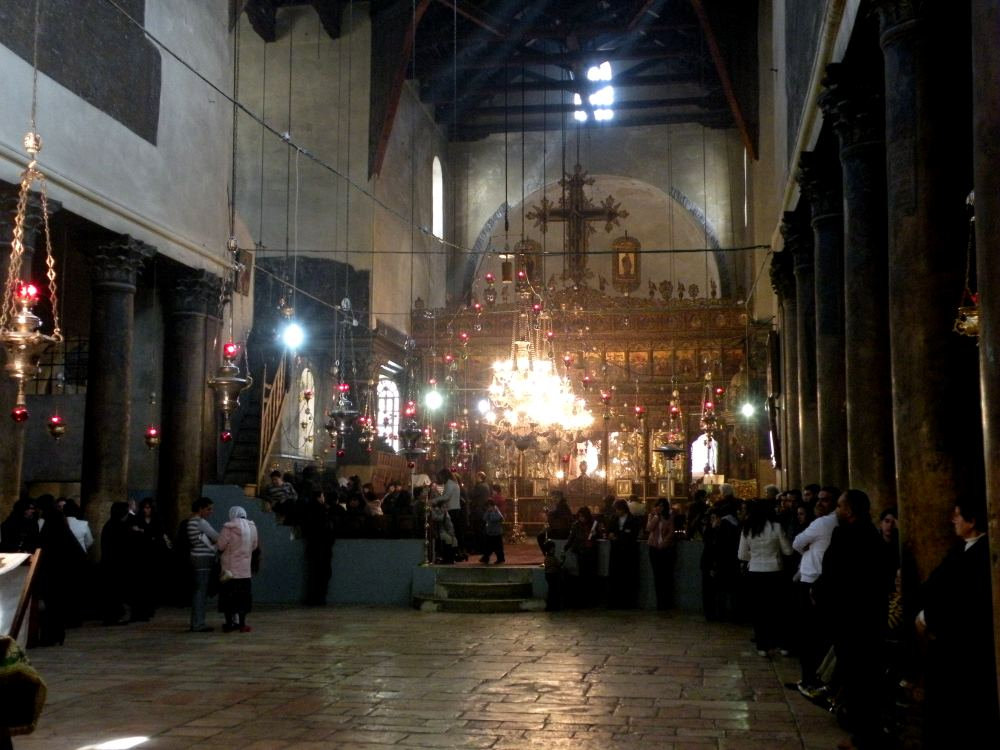 Hovedskibet i Fødselskirken i Betlehem