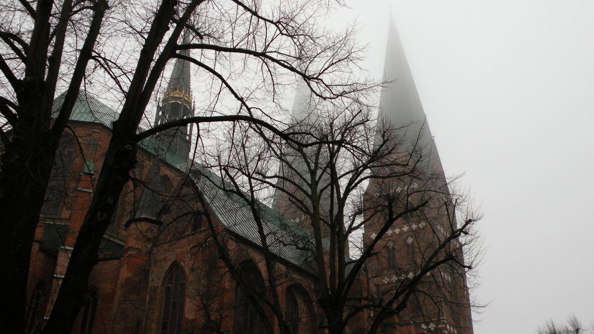 Mariakirken i regntåge