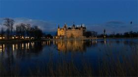 2015 M-V 33 Schwerin Slottet aften