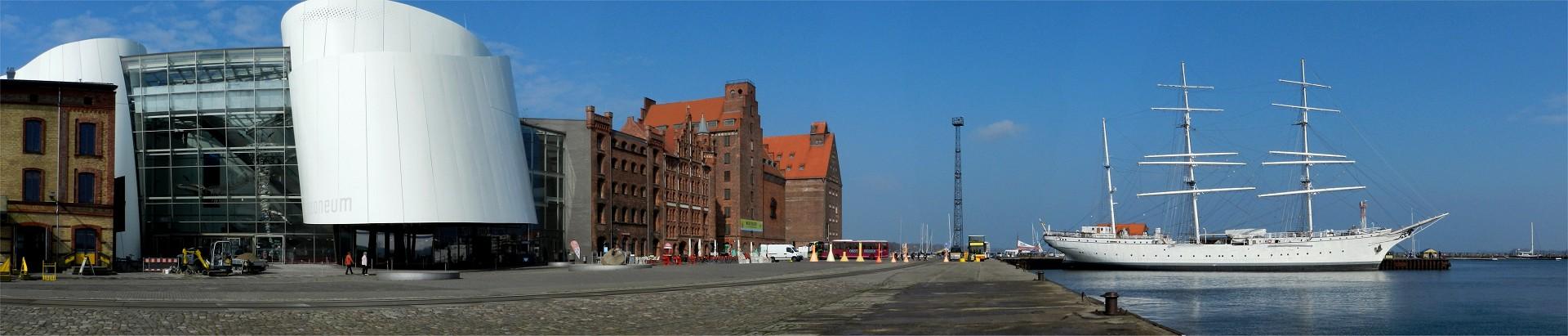 2015 M-V 34 Stralsund Havnen panorama