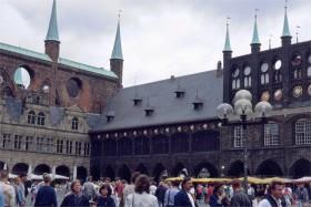 09827 Lübeck