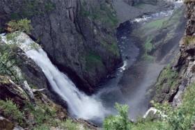 10905 Ved Vøringsfossen