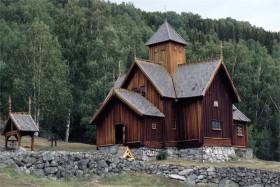 10933 Uvdal Stavkirke
