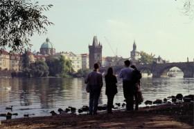 12465 Ved floden Prag