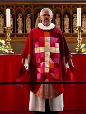 2007-0156 DOM Røde altertekstiler