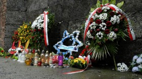 2015-04 POL Auschwitz Dødens Væg