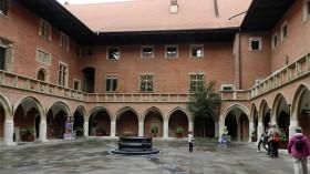 2015-13 POL Det gamle Universitet