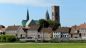 2013-1639 Ribe Domkirke fra havnen