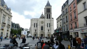 2016 FR 0063 Katedralen i Saint-Denis