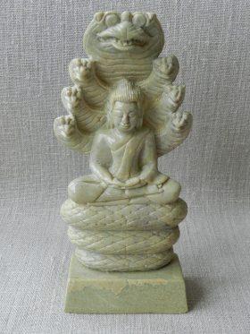 2016-0226-naga-buddha-cambodjal