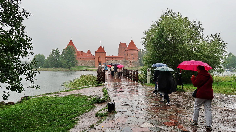 Det regnede, da vi besøgte Trakai borgen