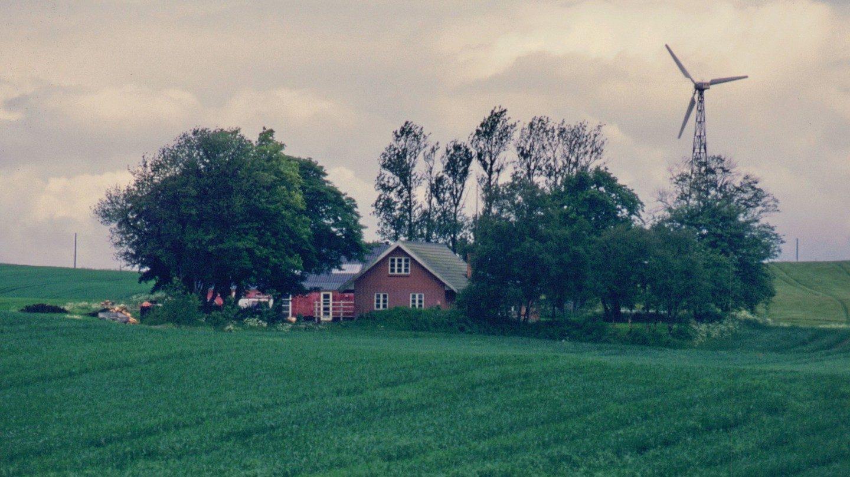 Dalgården i 1999 - med et nyopført stuehus.