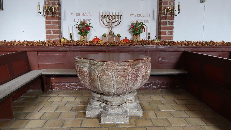 Døbefonten i Grønbæk, hvor Thorkild blev døbt.
