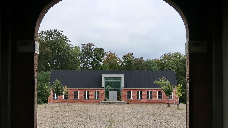 Den nuværende Allingskovgård 2019