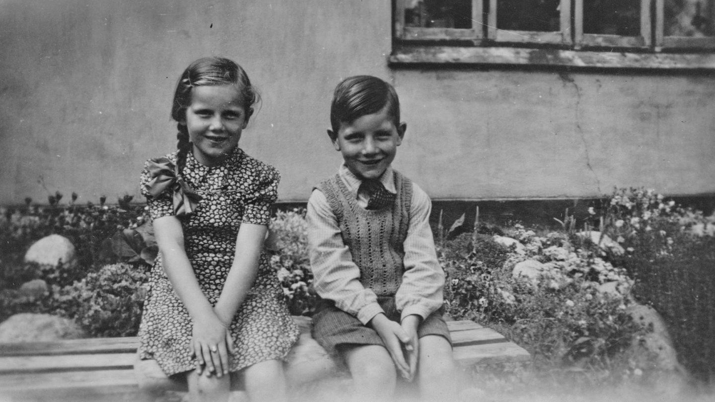 Maja og Verner i Gjerlev ca. 1945