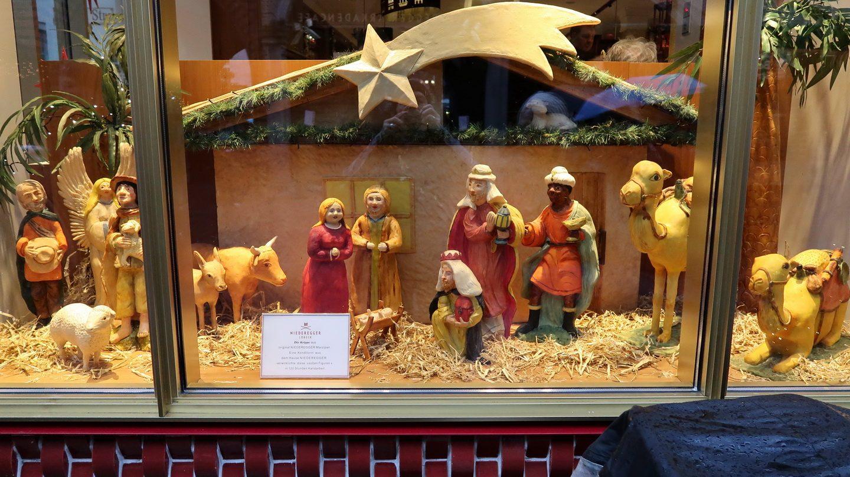 Julekrybbe af marcipan fra Niederegger, Lübeck