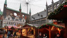 Julemarkedet på torvet i Lübeck