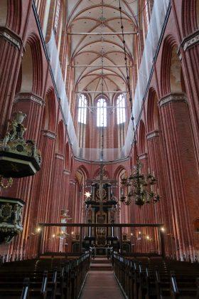 Nikolaikirken i Wismar - 37 m. høje hvælvinger