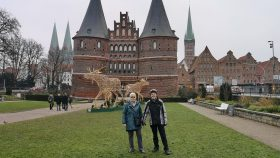 Os to foran Holstentor