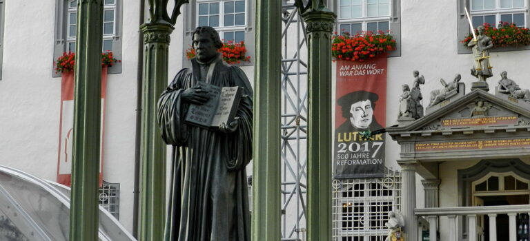 Luther: Lov og evangelium